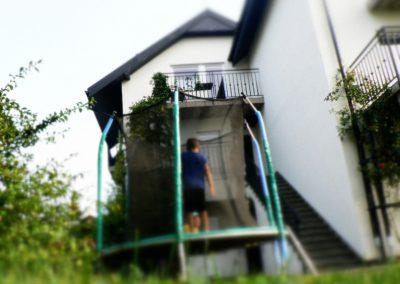 posesja_pokojesianozety_trampolina